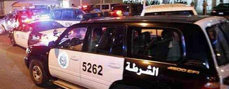 Arrest warrant for three Kuwaitis who brought 400 foreigners on forged bail